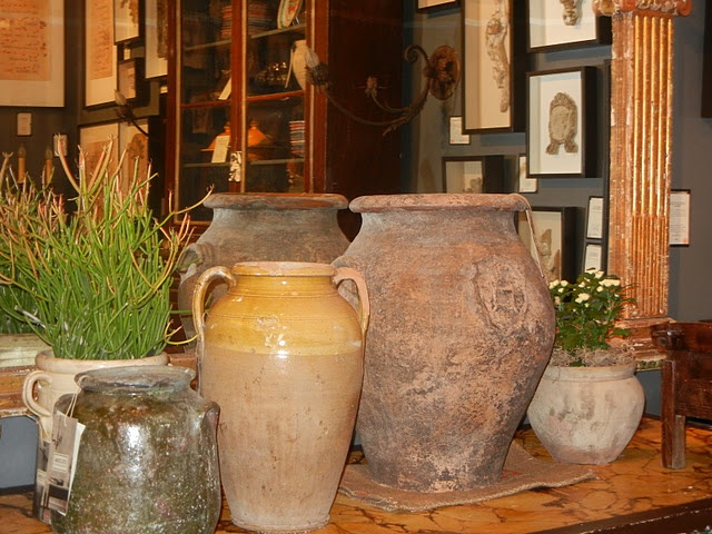 Tuscan olive jars warm and rustic jardineras for Jardineras de ceramica