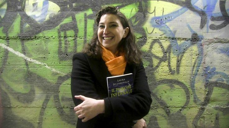 """La scrittrice Laura Jelenkovich ci presenta il suo thriller esoterico """"Il Principe Infernale"""" che ha inizio proprio nel luogo dell'intervista (video a fine articolo), ovvero il tunnel pedonale di via Canevari, a Genova. L'autrice immagina che durante gli scavi per la realizzazione della metropolitana, realmente avve"""