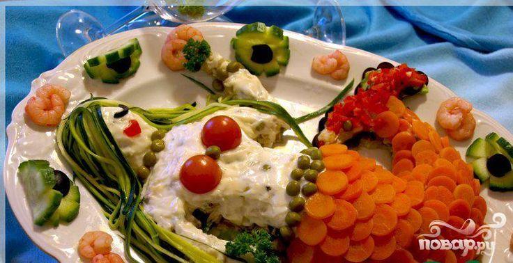 Пошаговый рецепт приготовления необычного как по вкусу, так и по оформлению салата «Русалка».