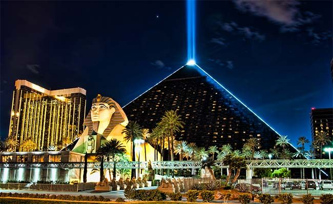 Luxor Hotel and Casino - Las Vegas First casino I stayed at in Vegas. I wasn't a fan but it was fun nonetheless.