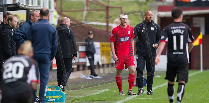 Queen's Park's Craig McLeish with head bandage during the IRN-BRU Cup game between Dunfermline Athletic and Queen's Park.