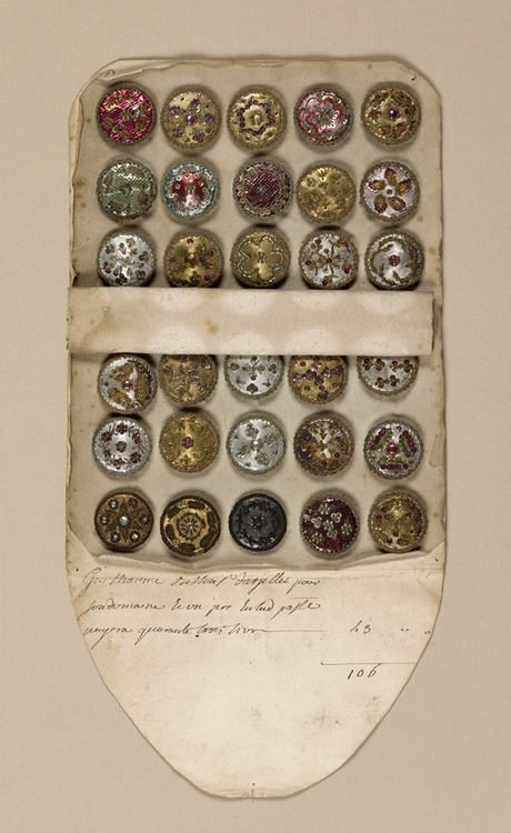 sales book of buttons, 18 th cent. wow.