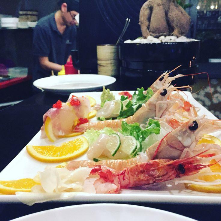 #kokoro#sushi#fusion#restaurant#lodi#lunch#dinning#foodrink#foodporno#uramaki#sashimi#gunkan#special#japanstyle##instagram#follow4follow#foodpics#foodftheday#foodlover#tasty#roll#sashimi#yummi#temaki#euro2016 www.kokorosushi.it