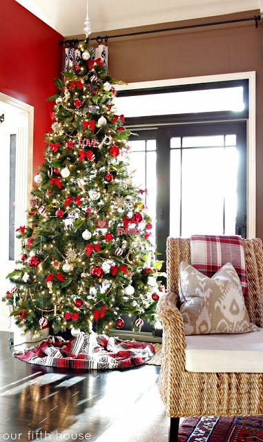Red & White Christmas Tree