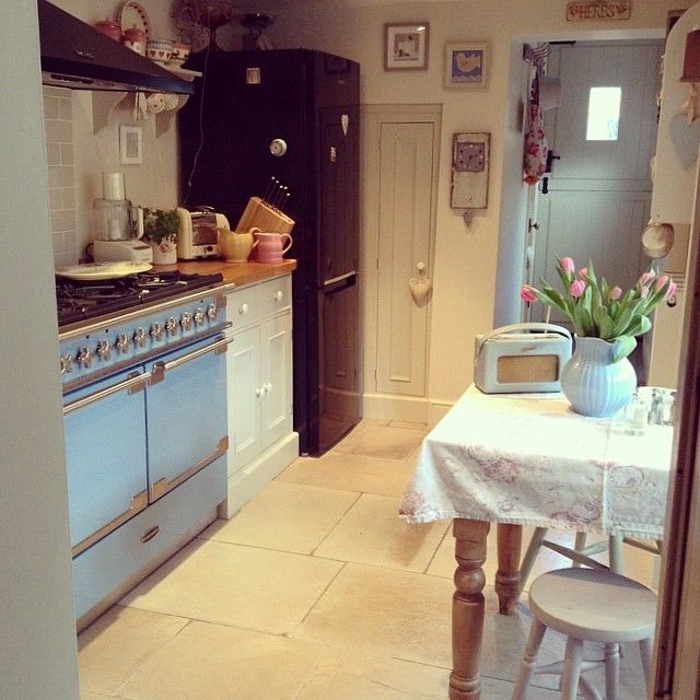 Small but perfectly formed kitchen.