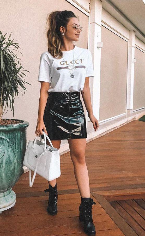 Saia de couro Instagram @looktododiaa | Saia de couro in 2019 | Gucci outfits, Fashion, Fashion outfits