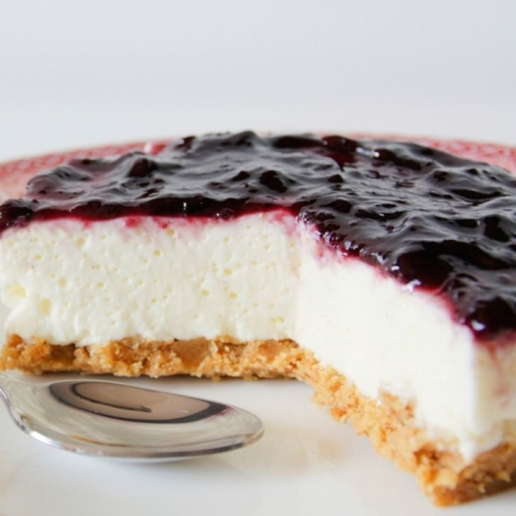 A Simple and yummy recipe for no bake cheesecake with blueberry glaze.