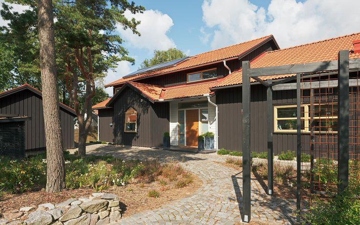 """Romantiskt hus A2696  """"Alla familjer är olika – därför är varje Willa Nordic unikt!"""" www.willanordic.se"""