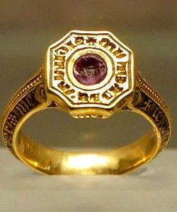 Signet ring of the Black Prince.  In 1337, Edward, the Black Prince was created Duke of Cornwall, taking precedence over all earls. Dukedoms were reserved for members of the Royal Family until 1387, when Robert de Vere, 9th Earl of Oxford, the favourite of Richard II, was created Duke of Ireland for life. De Vere had previously been created Marquess of Dublin for life, making him the first person to hold a dignity of such a rank between Dukes and Earls.