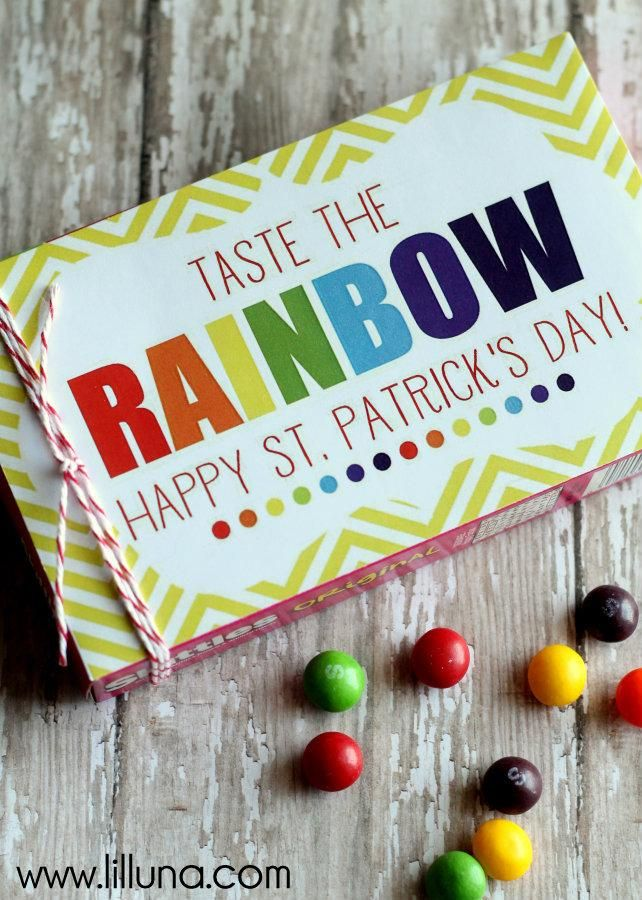 Another easy and inexpensive St. Patrick's Day gift.  Just use Avery full-sheet labels with the free printable and print, cut and stick.