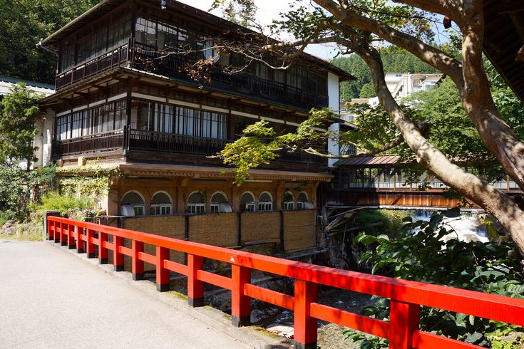8 Recommended Traditional Japanese Onsen Inns in t…