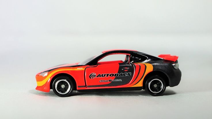 TAKARA TOMY TOMICA ToysRus Exclusive 2016 AUTOBACS RACING TEAM AGURI TOYOTA 86 Vehicle Race Car Diecast Red Color