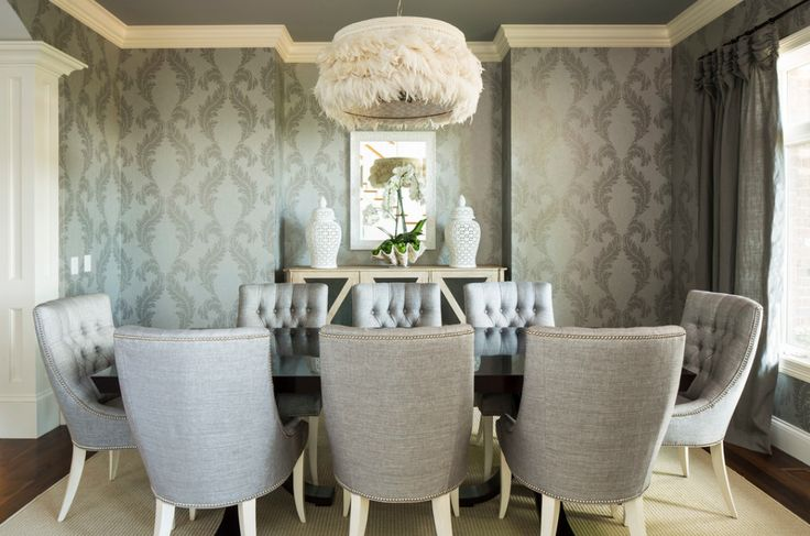 Love this dining room. Fabulous chandelier.