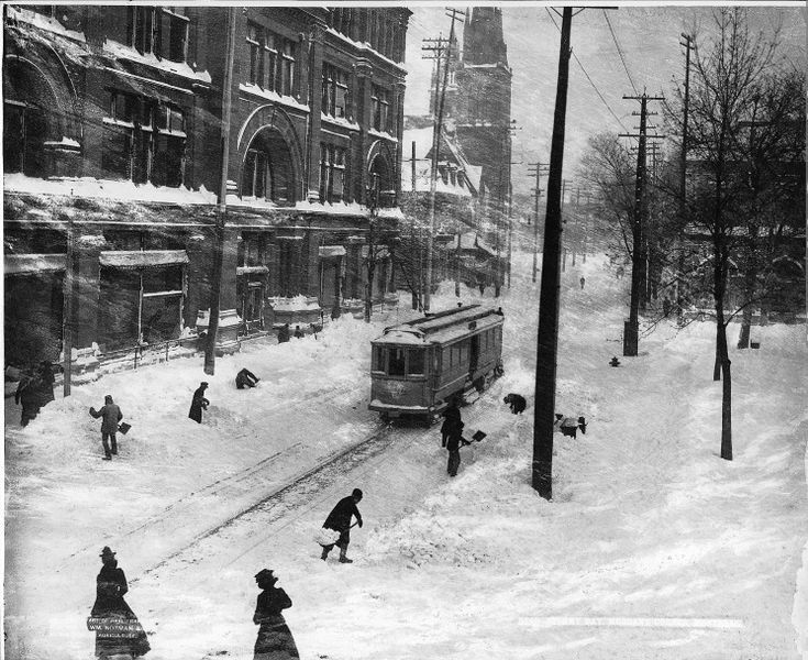 Wm. Notman & Son. Stormy day, St. Catherine Street, Montreal, QC, Canada, 1901 via Thanks to luzfosca