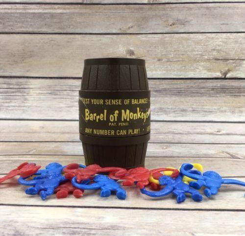 #B Vintage 1966 Barrel of Monkeys Lakeside Toys with label - 12 monkeys