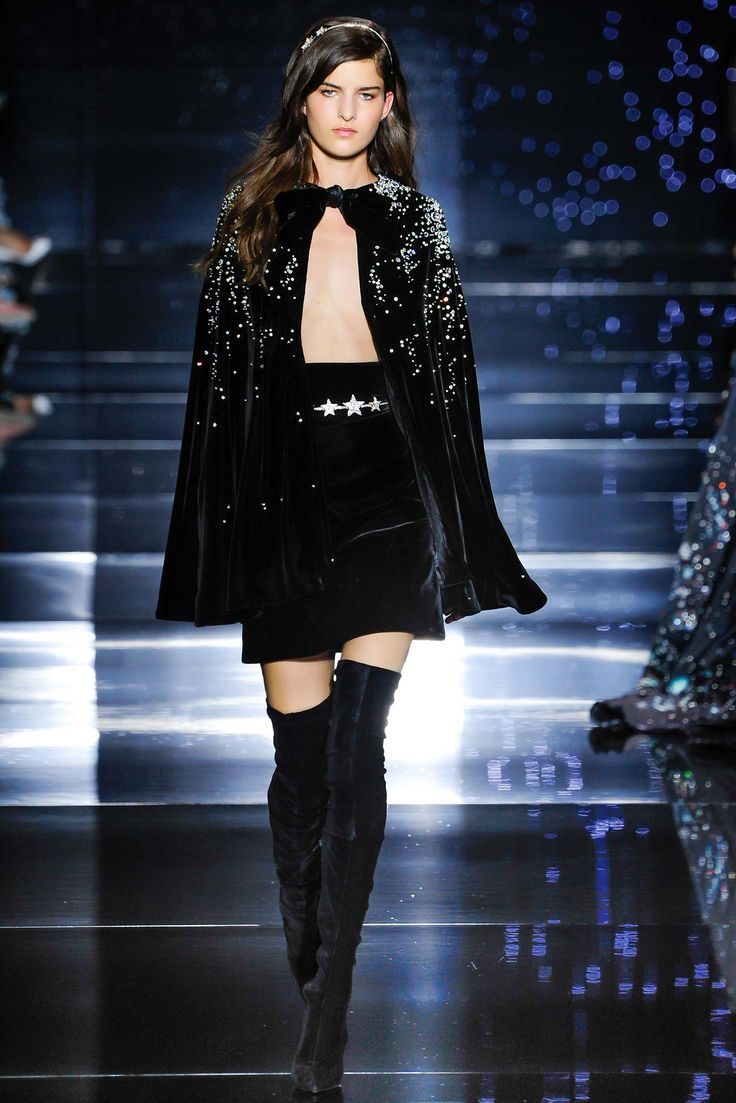 WHY does Zuhair Murad ALWAYS have THE BEST stuff?!  Zuhair Murad Fall 2015 Couture - Collection - Gallery - Style.com