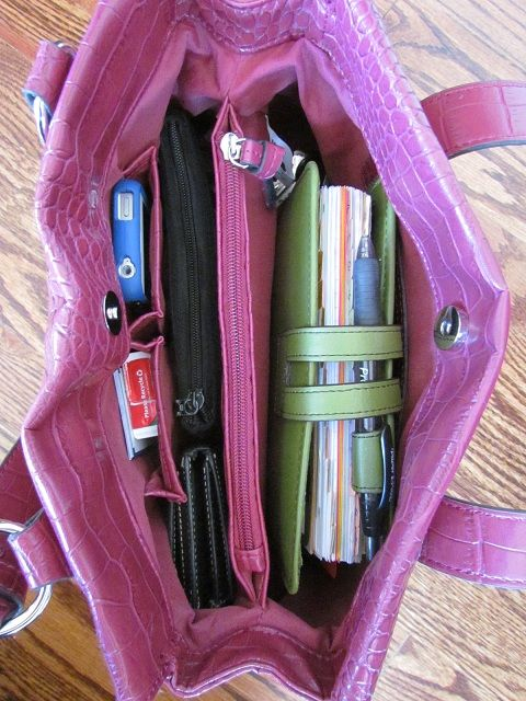 How To Organize Your Purse or Bag