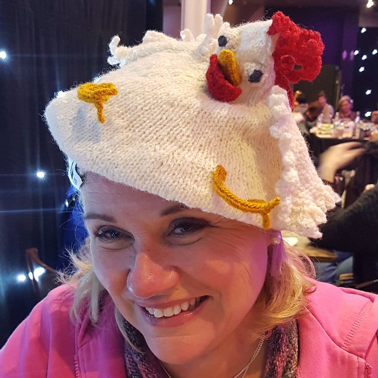 Chickenhat Pattern avalible in Swedish and English zgarn.se