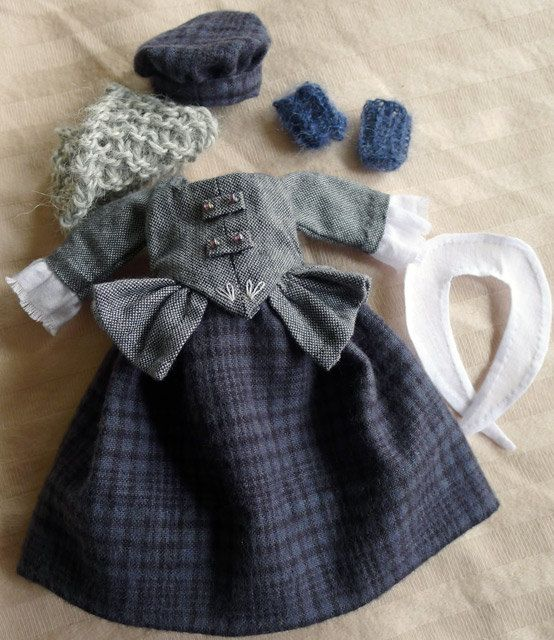 A Wee Scottish Outlander Outfit for Hitty in Slate by Islecroft