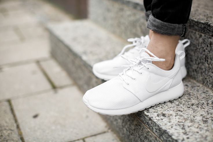 abekkh Buy cheap Online - all white roshes,Fine - Shoes Discount for sale