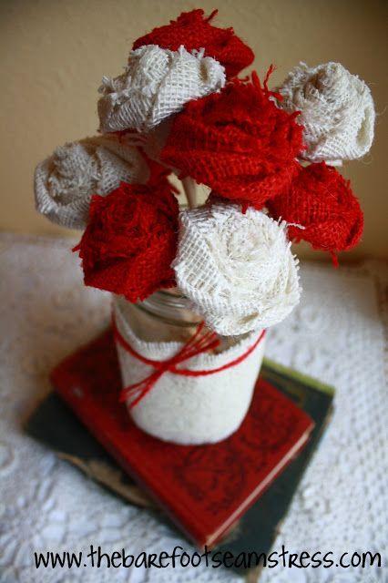 No sew burlap flower Бели и червени цветя за декоряция от рогозка