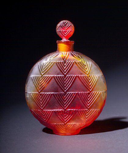 R. LALIQUE Art Deco perfume bottle, Vers Le Jour, c. 1926 FANTABULOUS <3 @