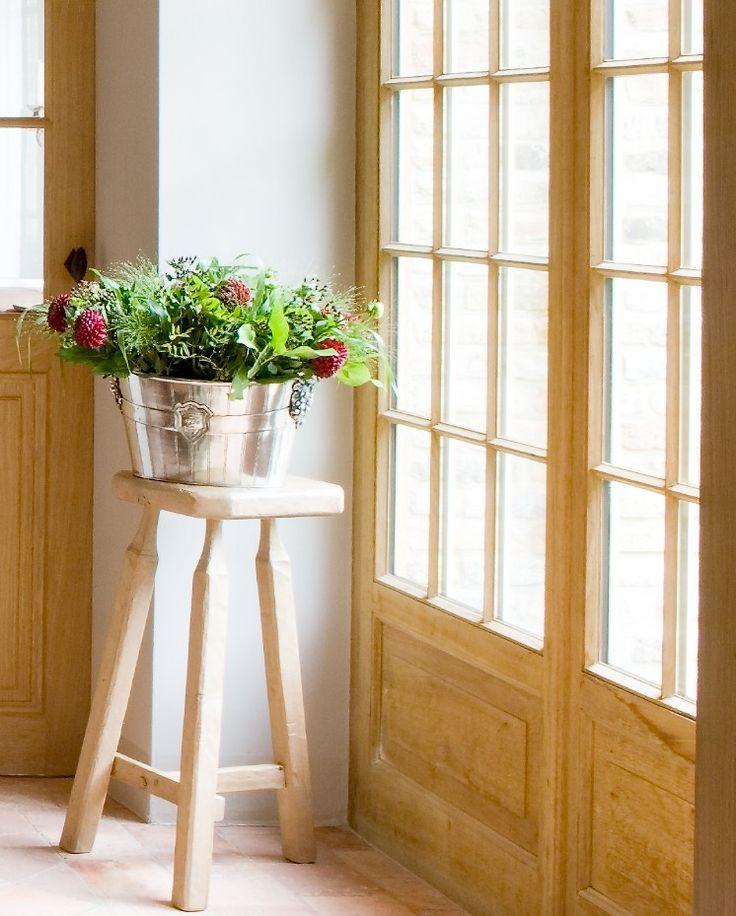 62 best lef vre interiors home decor vignettes images on for Interior decorating vignettes