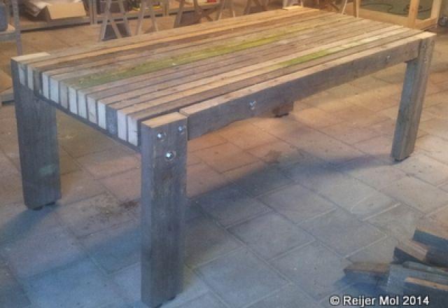 Reijer Mol Meubelmaker » Buitentafel van gebruikt vurenhout
