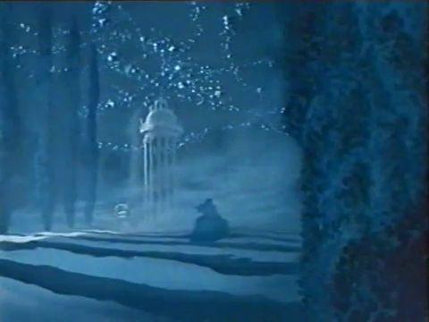 A szorgos és csodaszép Hamupipőke jobb életről és romantikus kalandokról álmodozik, de szegényke sajnos ki van szolgáltatva gonosz mostohaanyja és két irigy mostohatestvére kénye-kedvének. Három huncut kisegér és a Jótündér varázslata segítségével azonban Hamupipőke eljut a bálba, ahol találkozik álmai hercegével. A varázsige éjfélkor elveszti hatását, ezért Hamupipőkének sebtében el kell hagynia a kastélyt, hogy ki ne derüljön az igazság. Ám a nagy sietségben maga mögött hagyja egyik…
