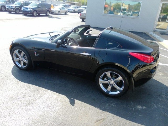 2009 Pontiac Solstice Coup Ive always wanted one of these  Cars