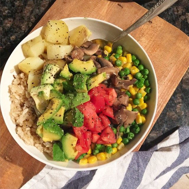 brown rice, peas, corn, mushroom gravy, tomatoes, avocado and cracked pepper but this time I added steamed potatoes as well