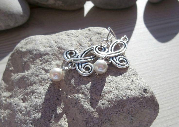 Boucles d'oreille en perles d'eau douce : Boucles d'oreille par lapassiondisabelle