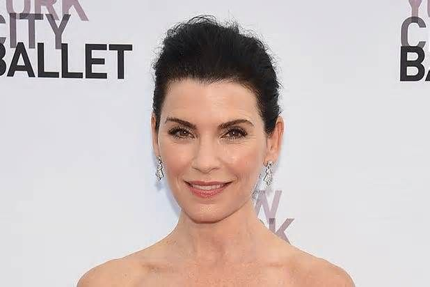 "Julianna Margulies Details 'Horrific' Encounter With Steven Seagal in Hotel Room: 'I Saw His Gun' ""The Good Wife"" star Julianna Margulies said she was asked to meet actor and producer Steven Seagal in a hotel room at ""10 o'clock at night"" when she was 23, at which point he made sure she ""saw his gun."" ""When I was 23, a casting director ..."