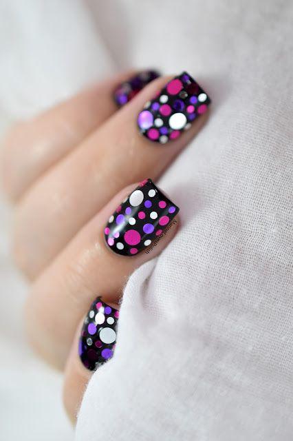 Marine Loves Polish: Nailstorming - Mardi Gras ! - Confetti Nail Art [VIDEO TUTORIAL] - Carnival nail art - What's Up Nails Berries Confetti - Glitter - Dotticure