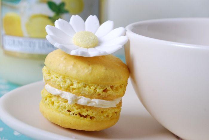 Country lemon macarons | Macaron Recipes | Pinterest | Lemon, Country ...