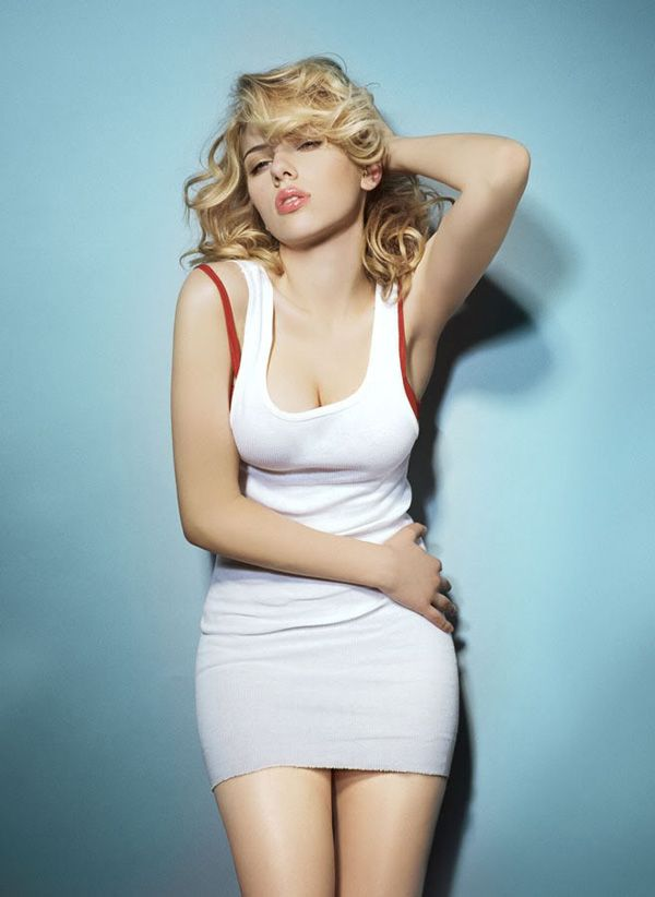 Scarlett Johonsson - Actress