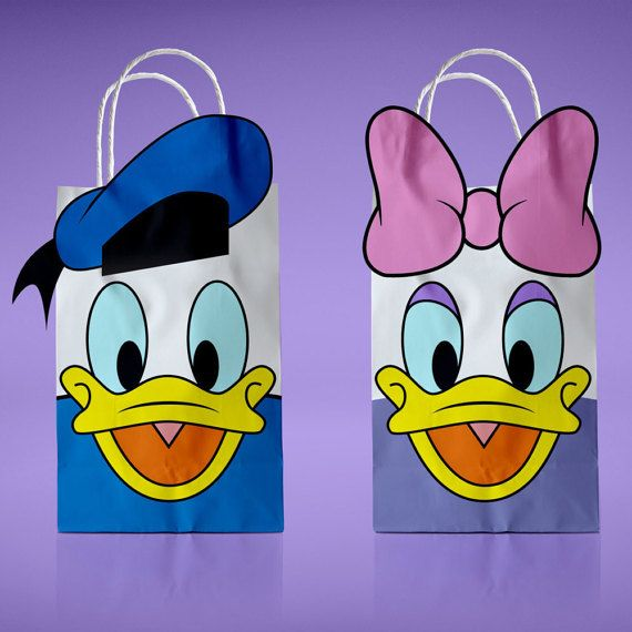 Hey, I found this really awesome Etsy listing at https://www.etsy.com/listing/495632075/donald-duck-and-daisy-printable-favor
