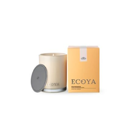 Ecoya Candle – Wild Frangipani. 400gm soy wax candle in madison jar  Voluptuous frangipani and ylang-ylang tantalize the senses with their irresistible island beauty, and are combined with the subtle classicism of rose.