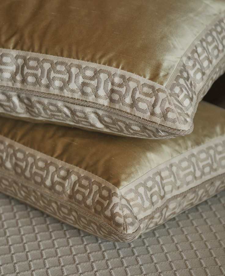 Decorative Pillow Trim : Pillows completed with modern decorative tape by Brimar. #brimar #trim Pillow Talk Pinterest ...