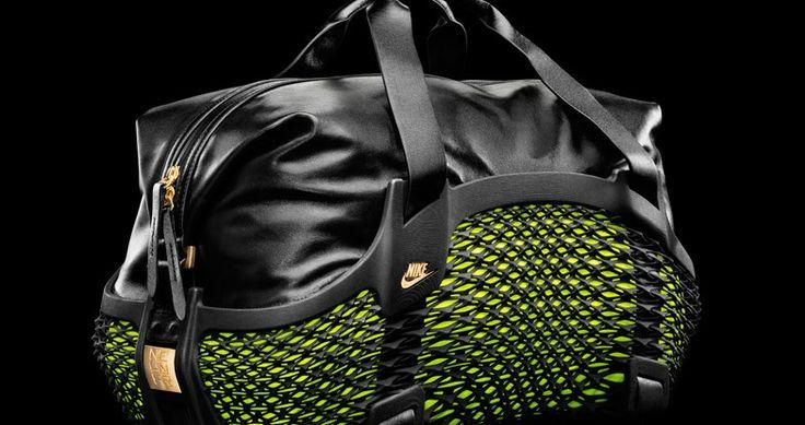Compania de echipamente sportive Nike a lansat cu ocazia cupei mondiale din Brazilia, o geanta sport creata folosind tehnica de printare 3D si care va fi furnizata sportivilor selectati de catre Nike si prezenti la acest campionat: Wayne Rooney, Cristiano Ronaldo si Neymar.