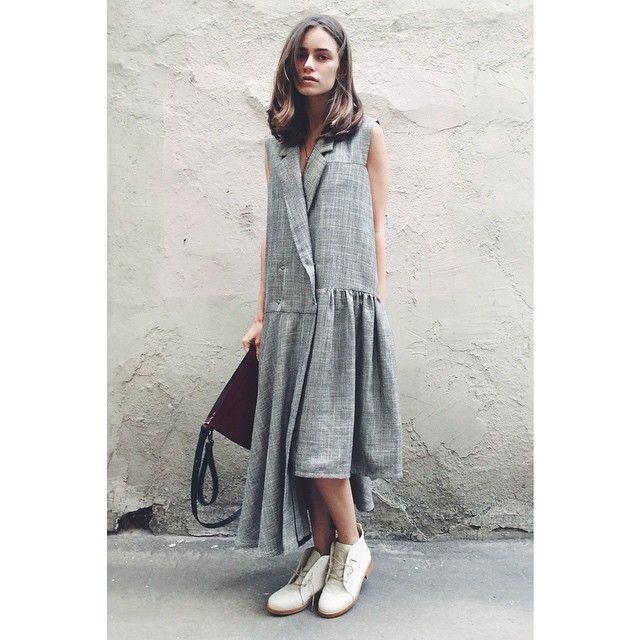 #oganesyan dress #tatunanikolaishvili footwear #nim_design clutch/bag