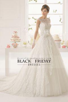 2015 Bateau Encaje vestido de novia de una línea Corte cola con apliques y hecho a mano de la flor USD 289.99 BFPS9SYLMP - BlackFridayDresses.com