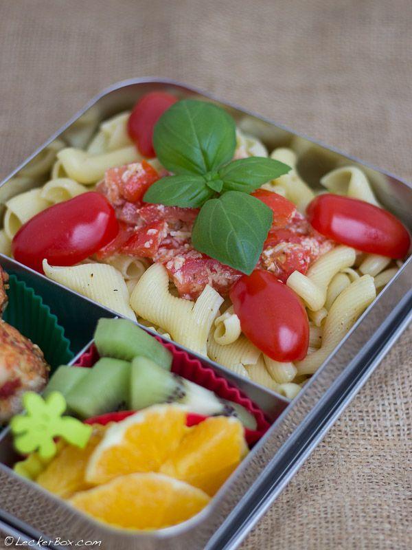 30-MinutenBox #1: Pasta mit Tomaten und Parmesan...