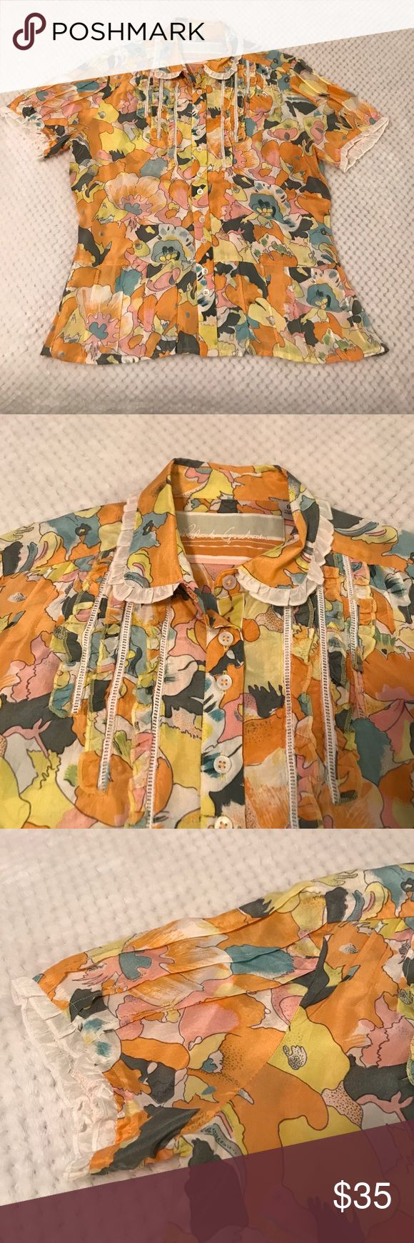 Robert Graham silk shirt, size 6. Beautiful, like new condition, Robert Graham silk shirt. Robert Graham Tops Blouses