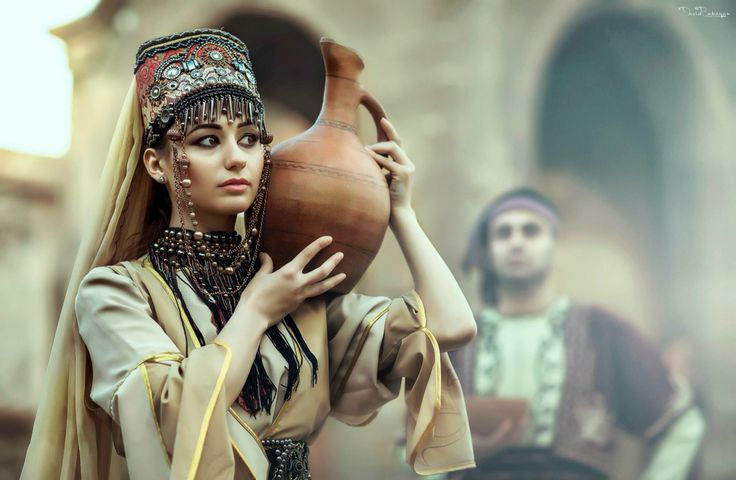 Armenian traditional Taraz