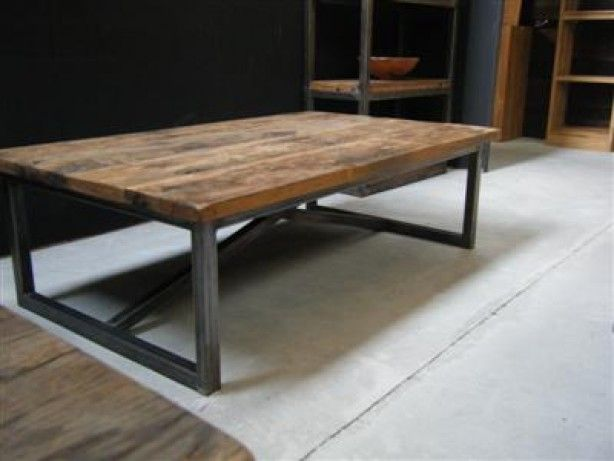 salontafel hout op stalen onderstel