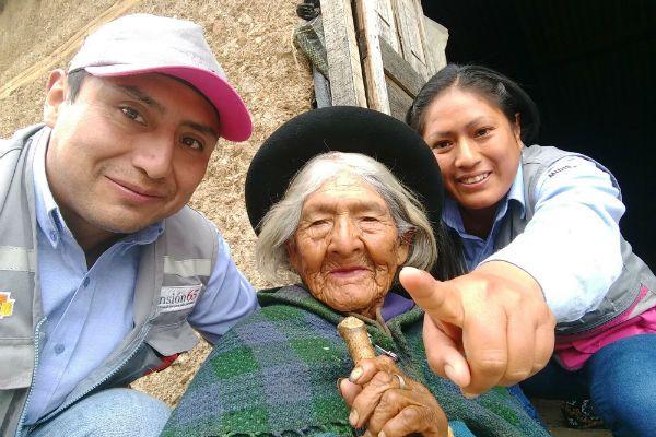 De acuerdo al último padrón del año 2017, son 28 usuariossupercentenariosde Cusco, Apurímac, Huancavelica y Huánuco que se encuentran afiliados al Programa Nacional de Asistencia SolidariaPensión 65del Ministerio de Desarrollo e Inclusión Social (MIDIS). Estos 28 adultos mayores, algunos con 110 años de vida, se suman a los 756 usuarios centenarios que tiene el ProgramaPensión …