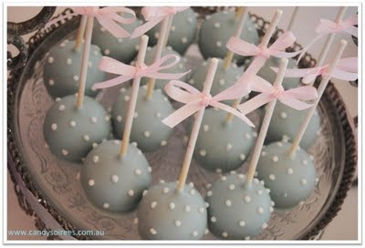 cake pops that would be super cute for a baby shower