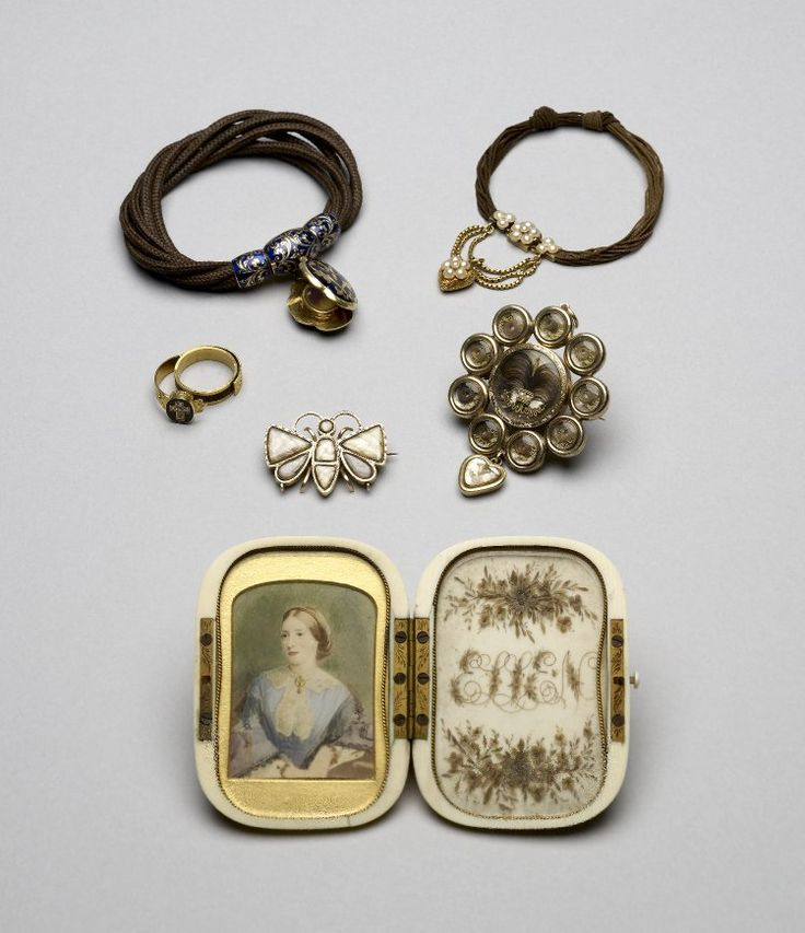 Collection of mourning jewels, British Museum
