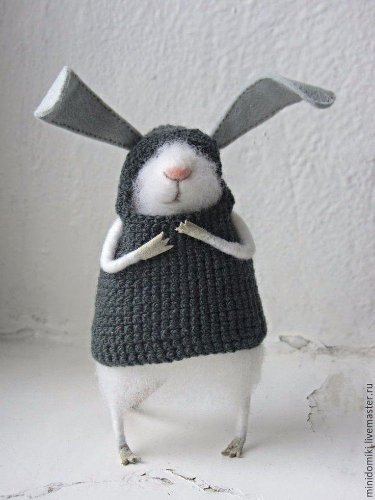 Needle felted Bunny | Купить Зайка 2 - мышонок, мышь, заяц, войлок ручной работы, игрушка из шерсти, миниатюра